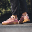 R-NIKE Wmns Air Force 1 07 SE 粉紅 女鞋 膠底 麂皮 運動鞋 增高 休閒 AA0287-600