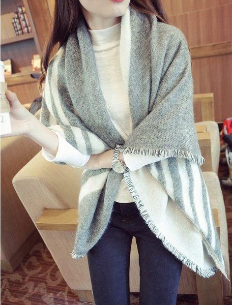 【 missy shop 】歐單.超厚實保暖 氣質雙面米黑灰條紋羊絨圍巾 加厚款 披肩 毛毯 流蘇