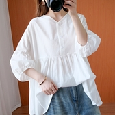 休閒寬鬆 2021年夏裝新款文藝大碼女裝寬松顯瘦V領娃娃衫棉麻襯衫上衣洋氣