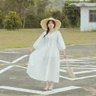 Queen Shop【01085408】氣質小V領花邊蕾絲綁帶洋裝*現+預*