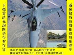 二手書博民逛書店Lockheed罕見F-16 A b c d Fighting Falcon (uncovering The #