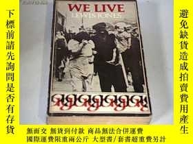 二手書博民逛書店WE罕見LIVE THE STORY OF A WELSH MI