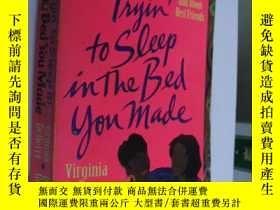 二手書博民逛書店Trying罕見to sleep in the bed you