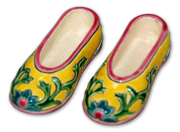鹿港窯-居家開運擺飾-台灣國寶交趾陶~SS繡花鞋◆附精美包裝