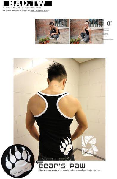 奢華壞男《 熊掌限量款 - 超舒適合身彈性挖背背心 (黑底滾白邊) 》【S / M / L / XL 】(潮T、上衣)
