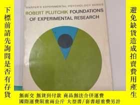二手書博民逛書店robert罕見plutchik foundations of experimental research(V09