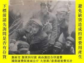 二手書博民逛書店who罕見will write our history?—red