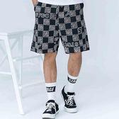 塗鴉感棋盤格紋短褲 STAGE CHECKERBOARD EASY SHORTS 黑色