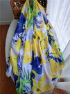 海島風情黃綠色花朵絲棉長款圍巾夏季沙灘防...