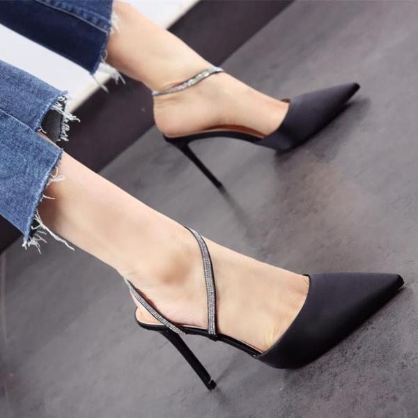 細跟鞋新款韓版尖頭涼鞋細跟高跟鞋仙女風黑色綢緞面2020春夏季水鑽婚鞋 雲朵走走