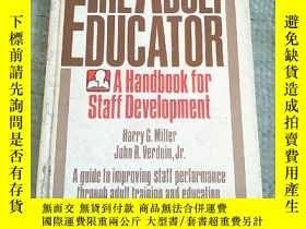 二手書博民逛書店THE罕見ADULT EDUCATOR :A HANDBOOK FOR STAFF DEVELOPMENT[成人教
