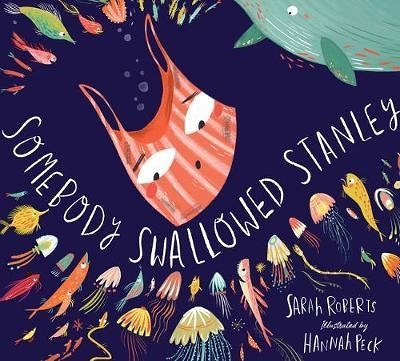【麥克書店】SOMEBODY SWALLOWED STANLEY/英文繪本 《主題:環保.自我認同》