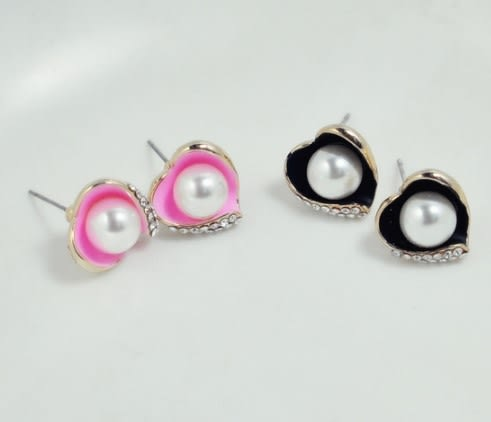 [協貿國際]  珍珠愛心鑲鑽耳釘耳環耳飾