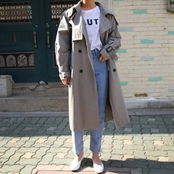 免運★梨卡 - 秋冬韓國英倫風寬鬆顯瘦純色過膝長袖百搭雙排扣卡其色中長版風衣外套/2色B983