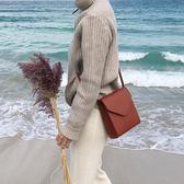 韓版極簡復古單肩小方包ins新款女包休閒翻蓋斜挎小包    琉璃美衣