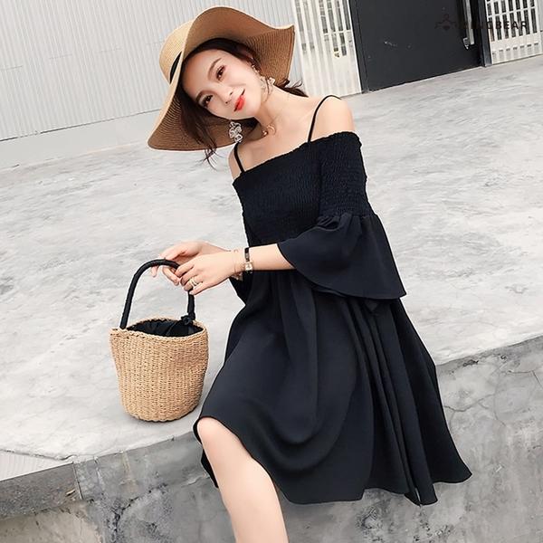 連身裙--浪漫鬆緊裹胸壓摺吊帶露肩一字領五分喇叭袖小洋裝(黑.黃M-3L)-U556眼圈熊中大尺碼◎