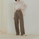 Queen Shop【04030321】質感高腰前打褶西裝褲 S/M/L 三色售*現+預*