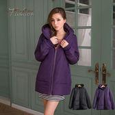 鋪棉連帽外套--滿分保暖.連帽拉鍊口袋羅紋滾邊設計鋪棉長版外套(黑.紫M-2L)-J203眼圈熊中大尺碼