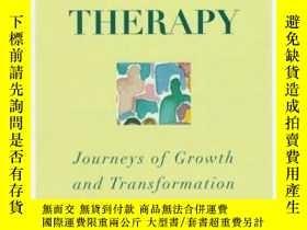 二手書博民逛書店Mastering罕見Family Therapy: Journeys Of Growth And Transfo