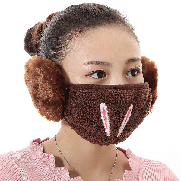 【獨愛3C用品】【買三送一】冬季必備保暖卡通造型兔兔絨毛防塵口罩耳罩二合一(編號11/咖啡色)