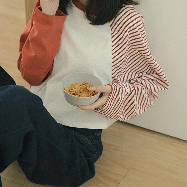 Queen Shop【01038762】條紋拼接棒球袖短版上衣*現+預*