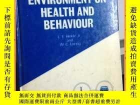 二手書博民逛書店英文書罕見the effect of the man-made environment on health and