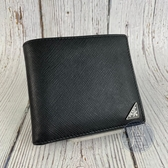 BRAND楓月 PRADA 2MO738 黑三角牌二折短夾 錢夾 錢包 皮夾 黑色