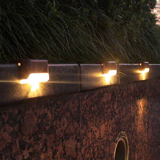 樓梯燈 欄桿燈 階梯燈 太陽能燈 露營燈 照明 壁燈 走廊燈 庭院燈 LED太陽能階梯燈【M136】慢思行