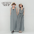 簡單百搭好看 舒服柔軟的棉麻材質 綁帶設計可自由調整修飾身形 搭配涼鞋和草帽 夏天日常簡單穿著