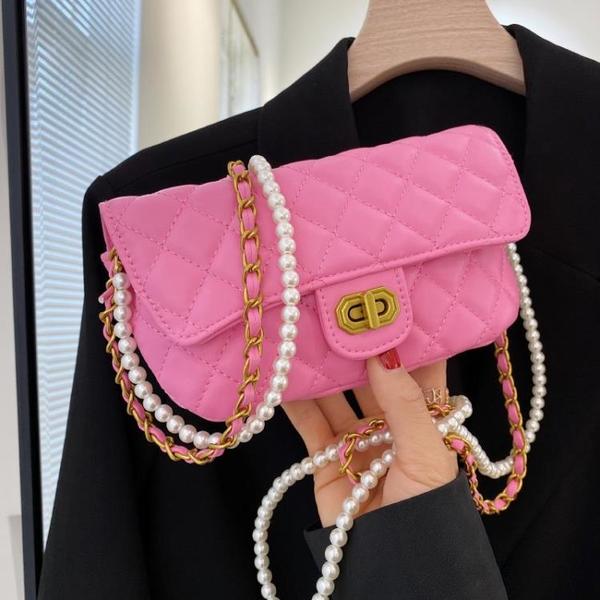 珍珠鏈條包 夏季流行小包包女包2021新款潮時尚珍珠鏈條包網紅百搭斜挎手機包 ww