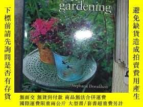 二手書博民逛書店Container罕見Gardening 容器園藝Y261116