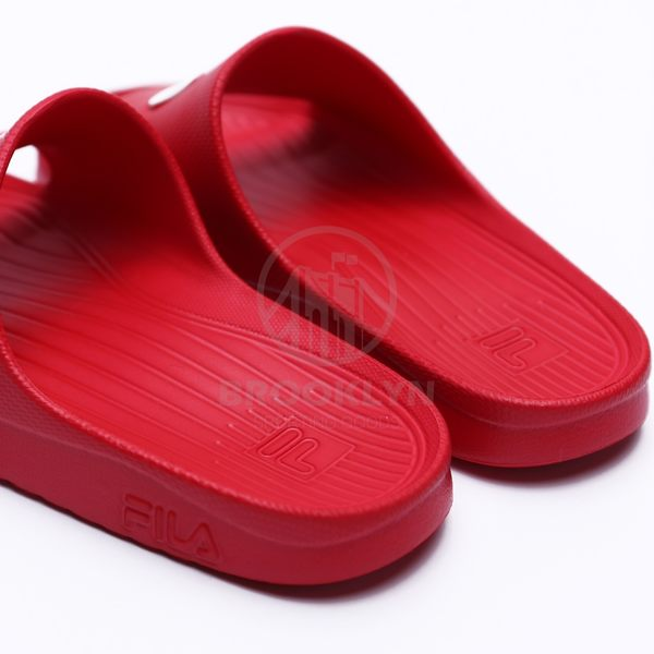 FILA 紅底 白藍 英文LOGO 基本款 防水 拖鞋 男女 (布魯克林) 4S355Q221