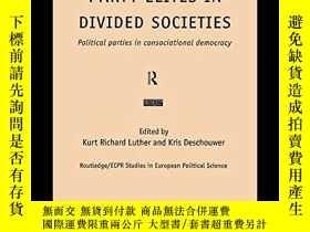 二手書博民逛書店Party罕見Elites In Divided SocietiesY364682 Luther, Kurt