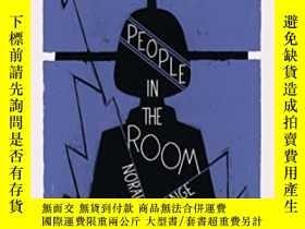 二手書博民逛書店People罕見In The RoomY380406 Norah Lange And Other Storie