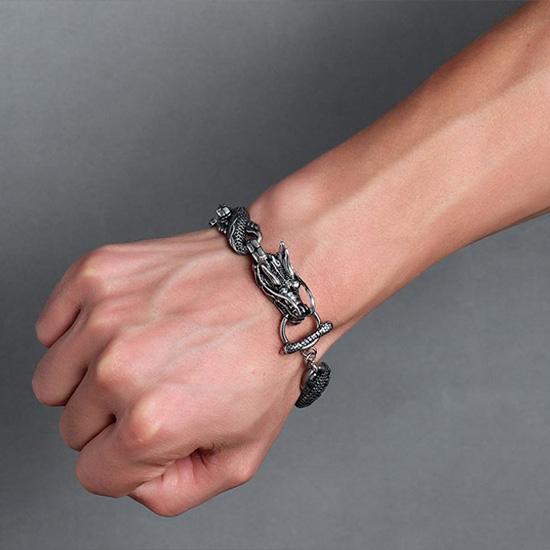 《 QBOX 》FASHION 飾品【BBR423】 精緻個性粗曠神龍寰宇鑄造鈦鋼手鍊/手環