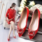 婚鞋女紅色平底結婚鞋子女新款淺口新娘鞋孕婦大碼秀禾鞋紅鞋 草莓妞妞