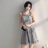 VK精品服飾 韓國風溫柔冷淡風格子吊帶荷葉邊收腰無袖洋裝