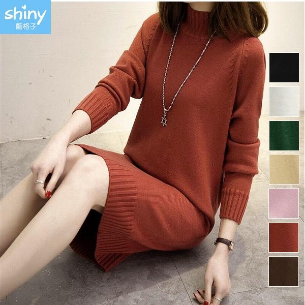 【V2718】shiny藍格子-甜美恬氛.中高領寬鬆顯瘦針織長袖連身裙