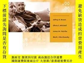 二手書博民逛書店The罕見Role Of Annuity Markets In Financing Retirement (mit