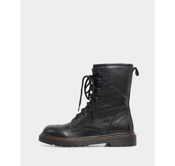真皮短靴-R&BB手工牛皮製*7孔經典馬丁鞋靴 復古擦色綁鞋帶-黑色