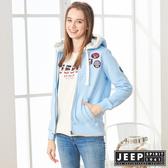 【JEEP】女裝 立體浮雕LOGO連帽刷毛外套 (天空藍)