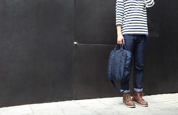 型男旅行日記 手提肩背多功能旅行包 可外掛行李箱 (OS小舖)