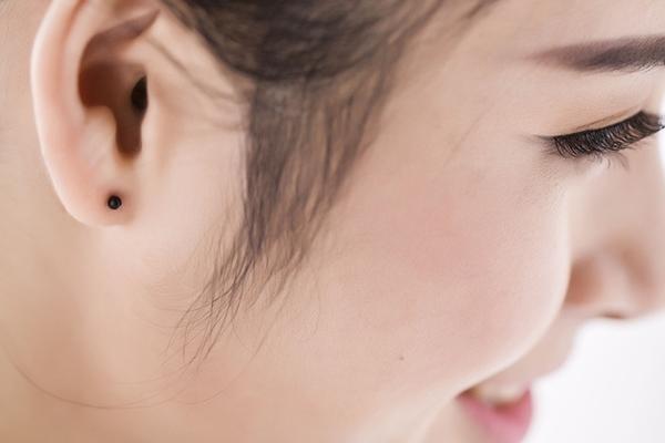 矽膠 小圓球耳棒耳釘針-黑、透明 防抗過敏 4支(2對)價