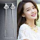 925純銀針  韓國優雅氣質 滿鑽扇子 耳環-維多利亞181122