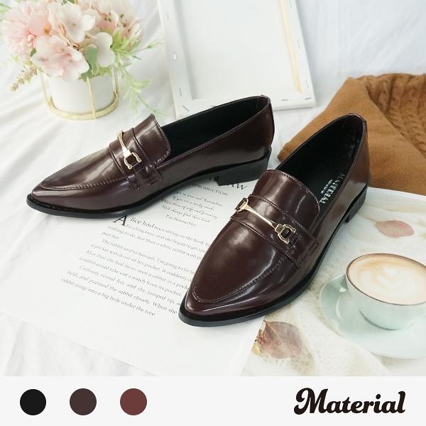 包鞋 銜扣亮面尖頭包鞋 MA女鞋 T2052
