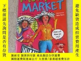 二手書博民逛書店Mum罕見at the Market(Sails Sailing