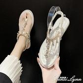 涼鞋女仙女風2021年夏季新款網紅時尚百搭水鑚平底夾腳羅馬沙灘鞋 范思蓮恩