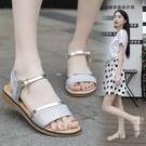 涼鞋 涼鞋女鞋平底仙女風時裝2021年新款羅馬夏一字式扣帶百搭涼鞋