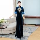 越南旗袍洋裝 奧黛旗袍2021年年輕新款黑色走秀夏季魚尾刺繡復古改良連身裙