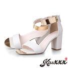 內真皮一字皮紋金屬踝飾造型粗跟涼鞋 白 *KissXXX*